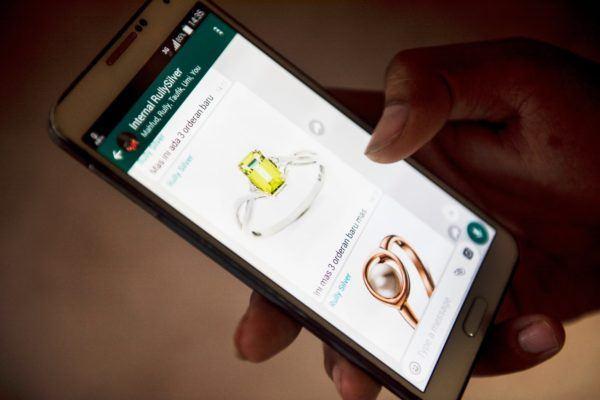Así se puede recuperar una conversación borrada de un contacto bloqueado en Whatsapp Compras