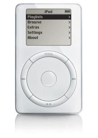 la-historia-de-apple-en-fotografias-ipod-primera-generacion-2001