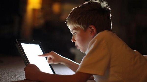 una-ley-de-california-permite-que-los-menores-puedan-eliminar-fotografias-embarazosas-y-mensajes-daninos-niñp-con.tablet