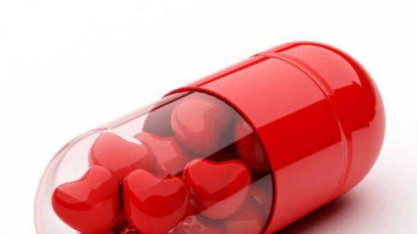 descargar-wallpaper-originales-y-gratuitos-para-san-valentin-de-corazones-muchos-corazones-caramelo