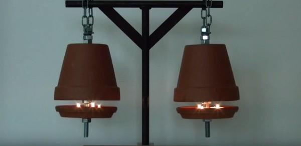Cómo calentar una habitación con una maceta y velas - Vídeo