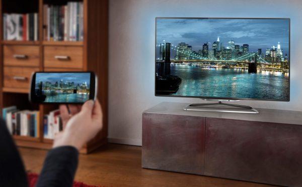 como-ver-yomvi-en-la-television-smartphone