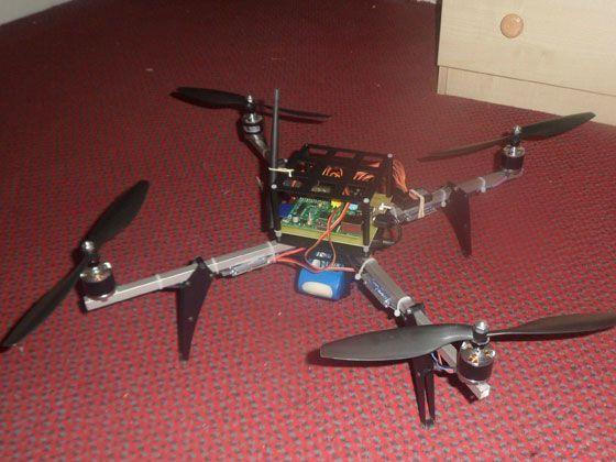 como-hacer-un-dron-moqueta