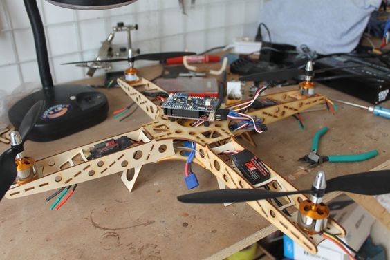 como-hacer-un-dron-paso