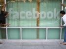 Facebook busca crédito ansiosamente